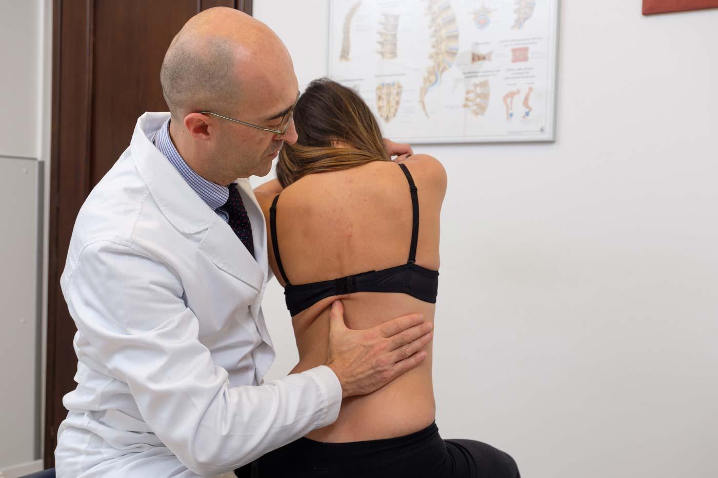 Cura naturale scoiliosi chiropratica